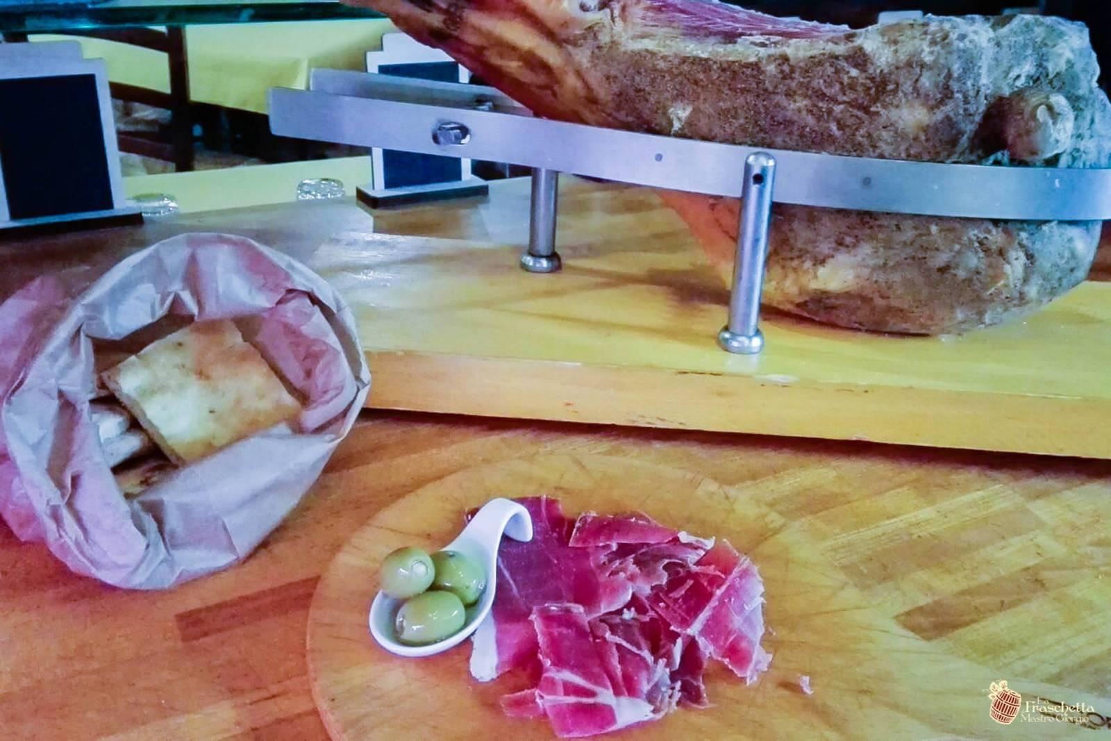 Tuscan prosciutto 18 months D.O.P. hand cut